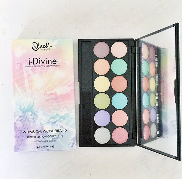 палетка теней I-Divine Eyeshadow Palette In All The Fun of The Fair